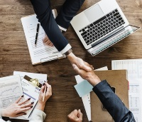 Czy program Finanse domowe może być używany w firmie