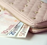 Jak dodać wydatek, który nie zmienia oszczędności